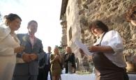 Brot und Salz zum Hochzeitsempfang auf Burg Hanstein