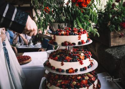 Hochzeitstorte_Anschnitt_anonym